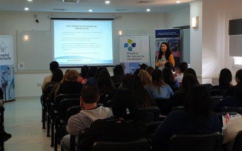 Hospital Centenario-Evaluaron acciones para mejorar la vacunación en la región