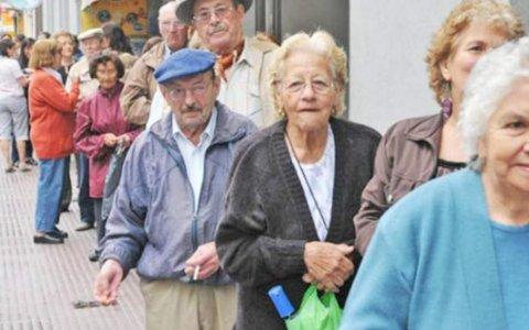 Aumentos en las jubilaciones: la suba sería del 12% para los haberes más bajos