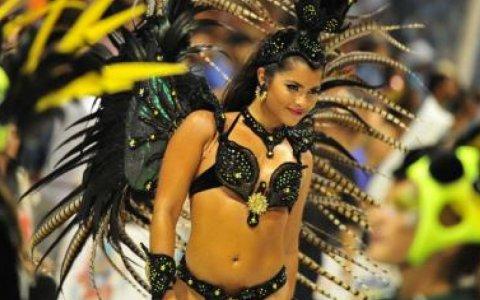 Más de  18  mil personas palpitaron el Carnaval del País