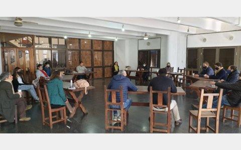El COES Gualeguaychú recomendó al Ejecutivo volver a habilitar las actividades comerciales