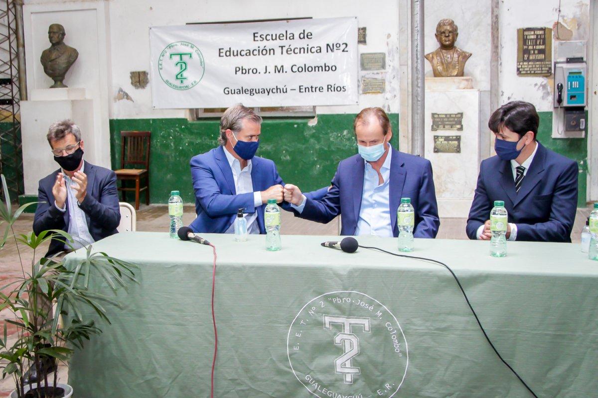 Piaggio y Bordet abrieron los sobres de licitación para la construcción y refacción del edificio de la Escuela Técnica Nº 2