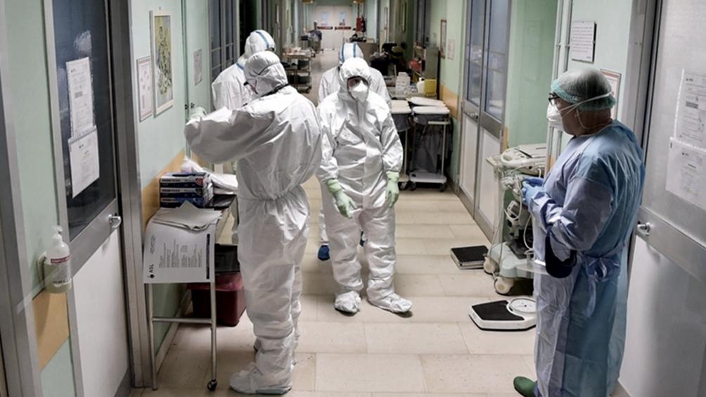 Otros 77 muertos y 3.709 nuevos casos de coronavirus en la Argentina