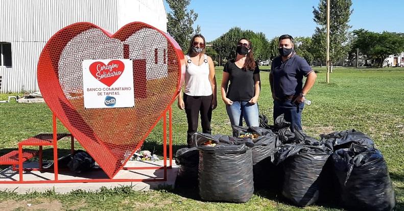 """Larroque: se preparó la primera partida de tapitas para la """"Fundación Garrahan"""""""