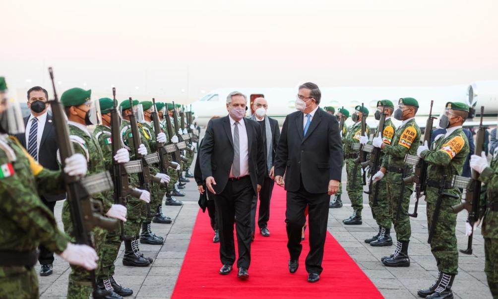 El Presidente inicia su visita oficial a México