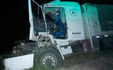 Choque de camiones en Autovía 14