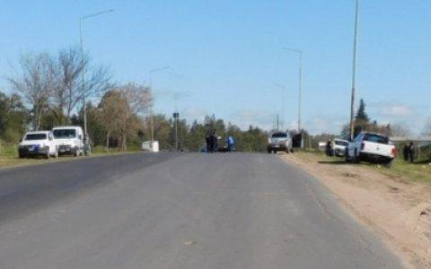 Murió un motociclista en colisión con una camioneta