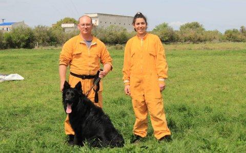 Bomberos de Gualeguaychú participaron de una capacitación teórico práctica sobre rescate con canes