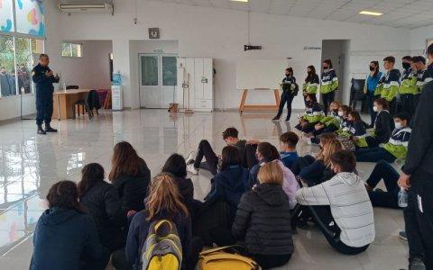 Festejos por el Día del Estudiante en Larroque: habrá trabajo conjunto entre municipio, policía, hospital y padres