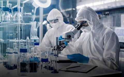 AstraZeneca anunció que un fármaco redujo al 67% los casos graves contra el coronavirus